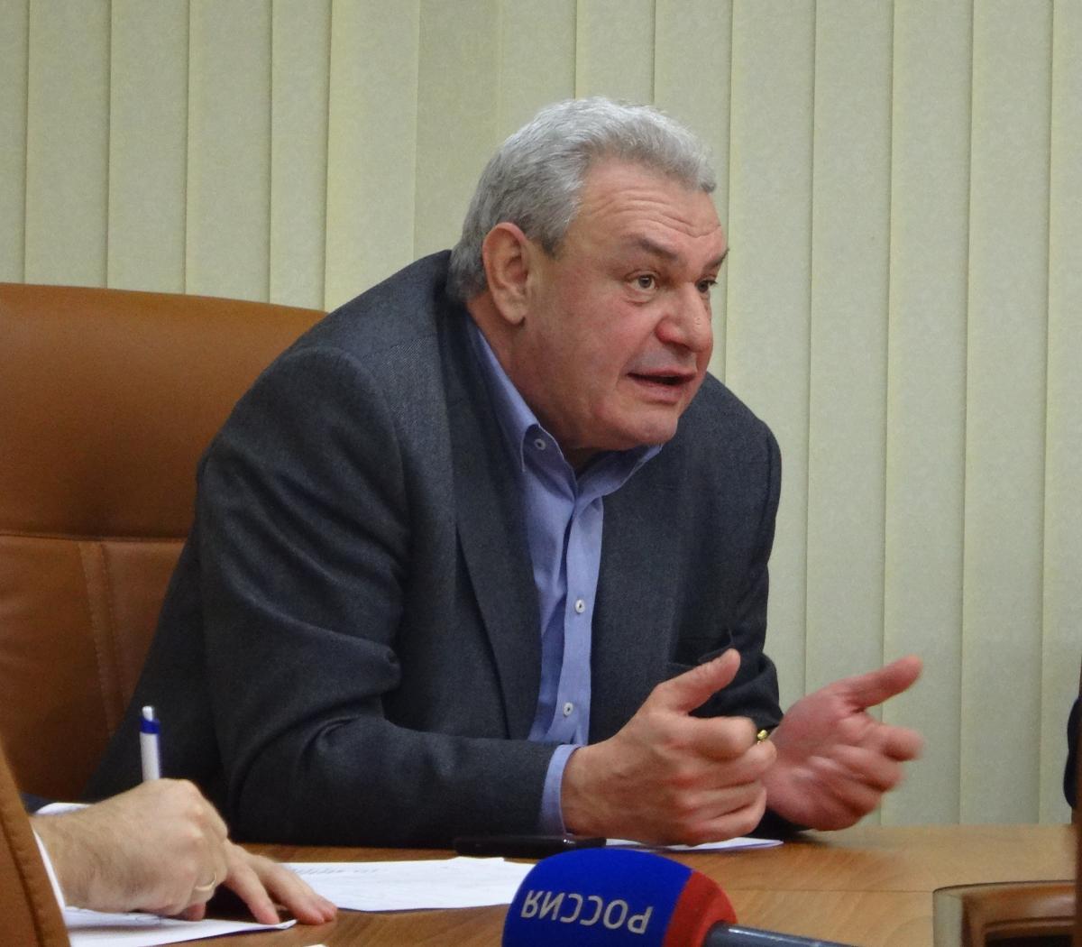Леонид Писной предложил выселить всех жителей Саратова из города - Общественное мнение Саратов Новости Сегодня