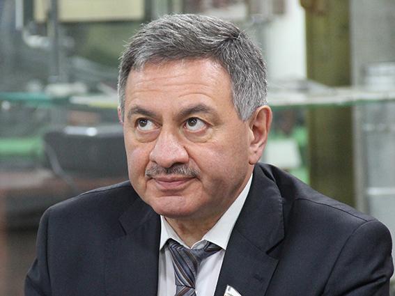 Борис Шинчук: «Я давно у власти и скажу так: денег никогда нет» - Общественное мнение Саратов Новости Сегодня