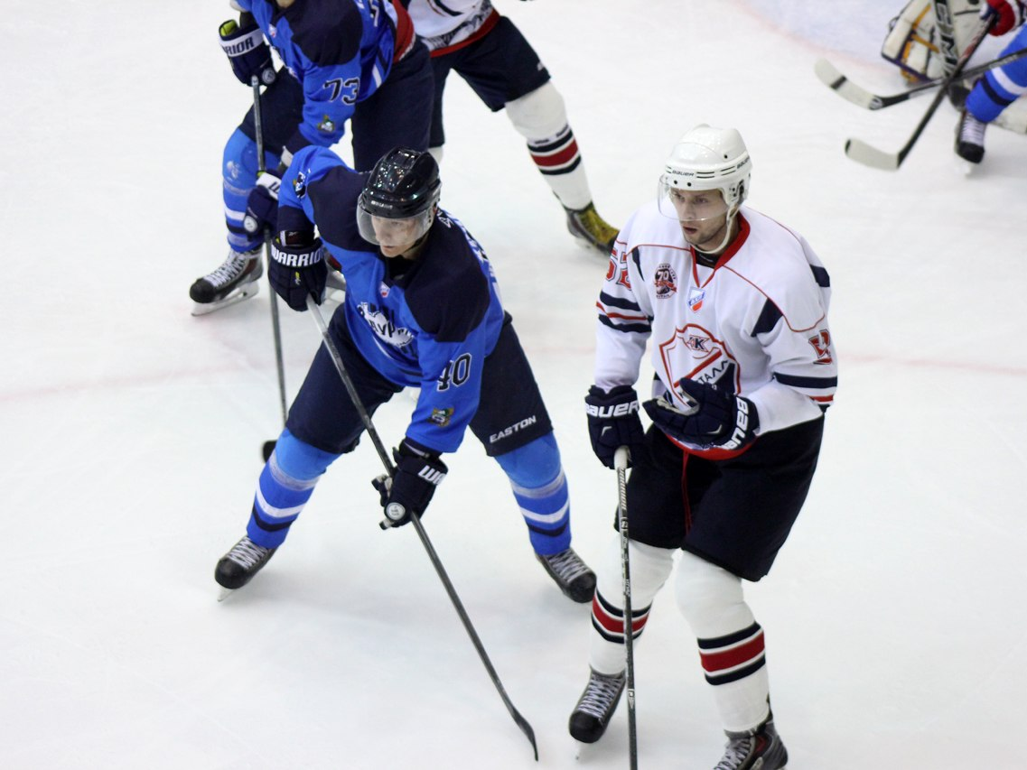 Впервом выездном матче сезона «Кристалл» проигрывает «Зауралью»