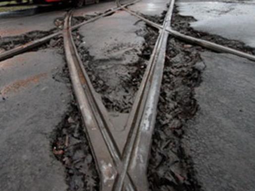 Отменяется до21октября движение трамвайных маршрутов №2 и №7