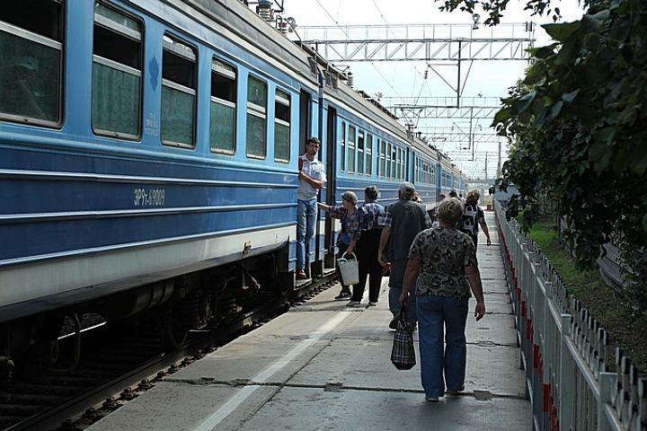 Поезд сбил мужчину устанции «Студгородок»
