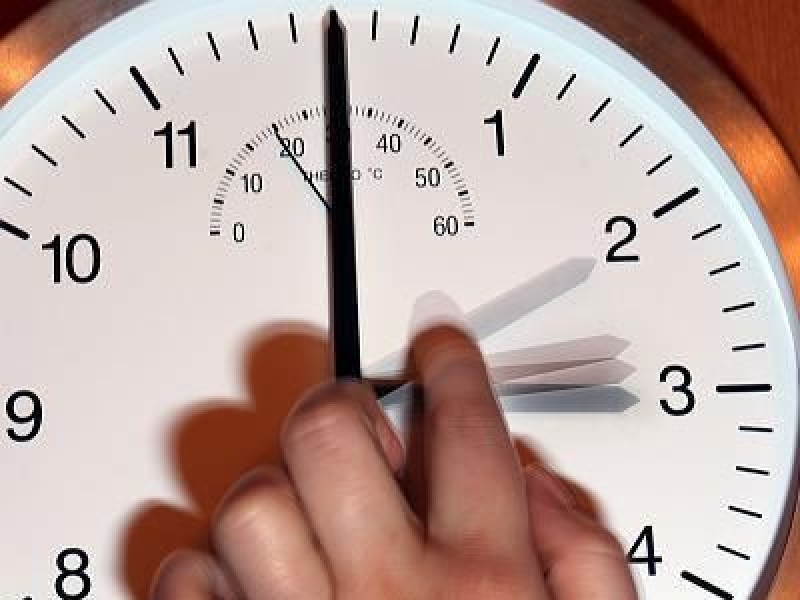 Государственная дума одобрила перевод времени вСаратовской области