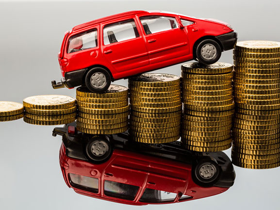 Валерий Радаев поручил увеличить собираемость налогового сбора натранспорт вобласти до105%