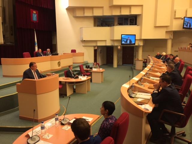 Саратовские народные избранники приняли новый бюджет региона
