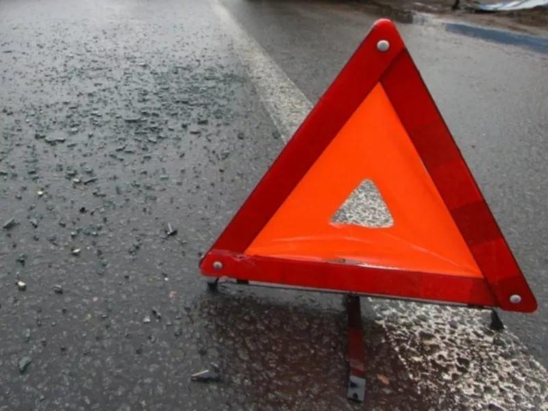 Вцентре Саратова 80-летний шофёр «Приоры» сбил пешехода на«зебре»