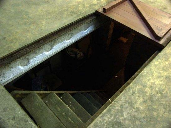 Дочь отыскала тело погибшего отца впогребе наАзина