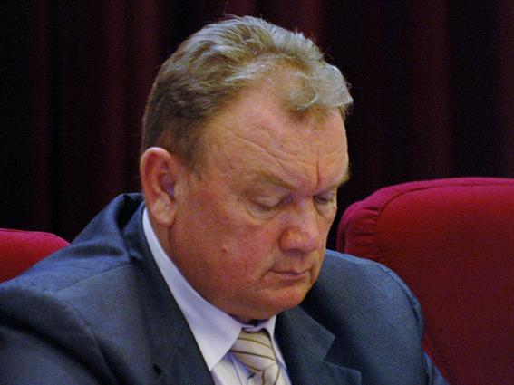 Суд оставил под арестом 16 миллионов Василия Синичкина - Общественное мнение Саратов Новости Сегодня