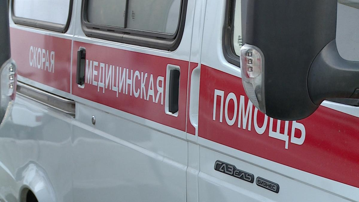 НаМичурина шофёр ВАЗ-2112 сбил девушку и исчез