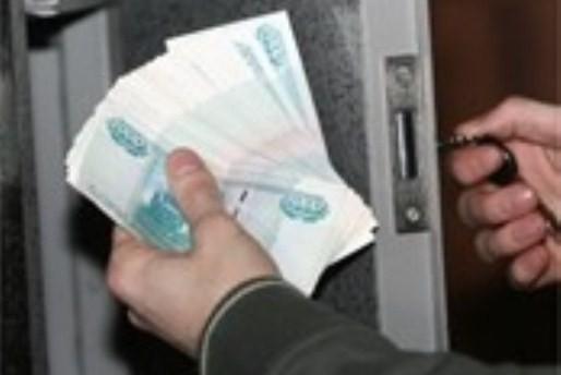 Товаровед похитил неменее 40 тыс. изсейфа вмагазине наМясницкой