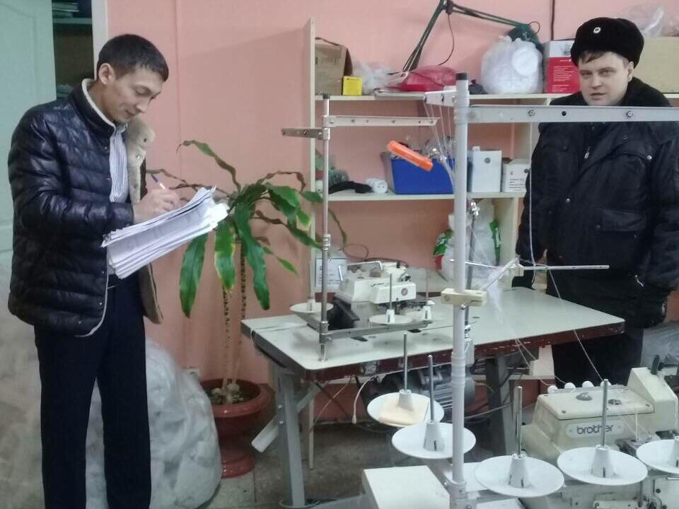 Саратовские приставы арестовали швейные машины задолги ателье