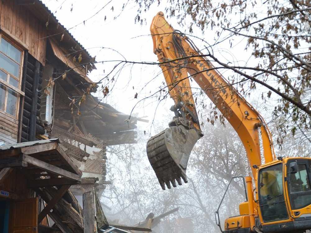 Собственников турбазы под Саратовом вынудили снести постройки уберега Сазанки