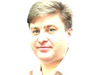 Глава аппарата облправительства учит гимн России с мобильного телефона - Общественное мнение Саратов Новости Сегодня