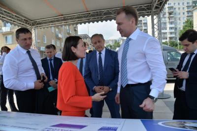 Игоря Шувалова ознакомили с проектом реновации промзоны у новой Набережной